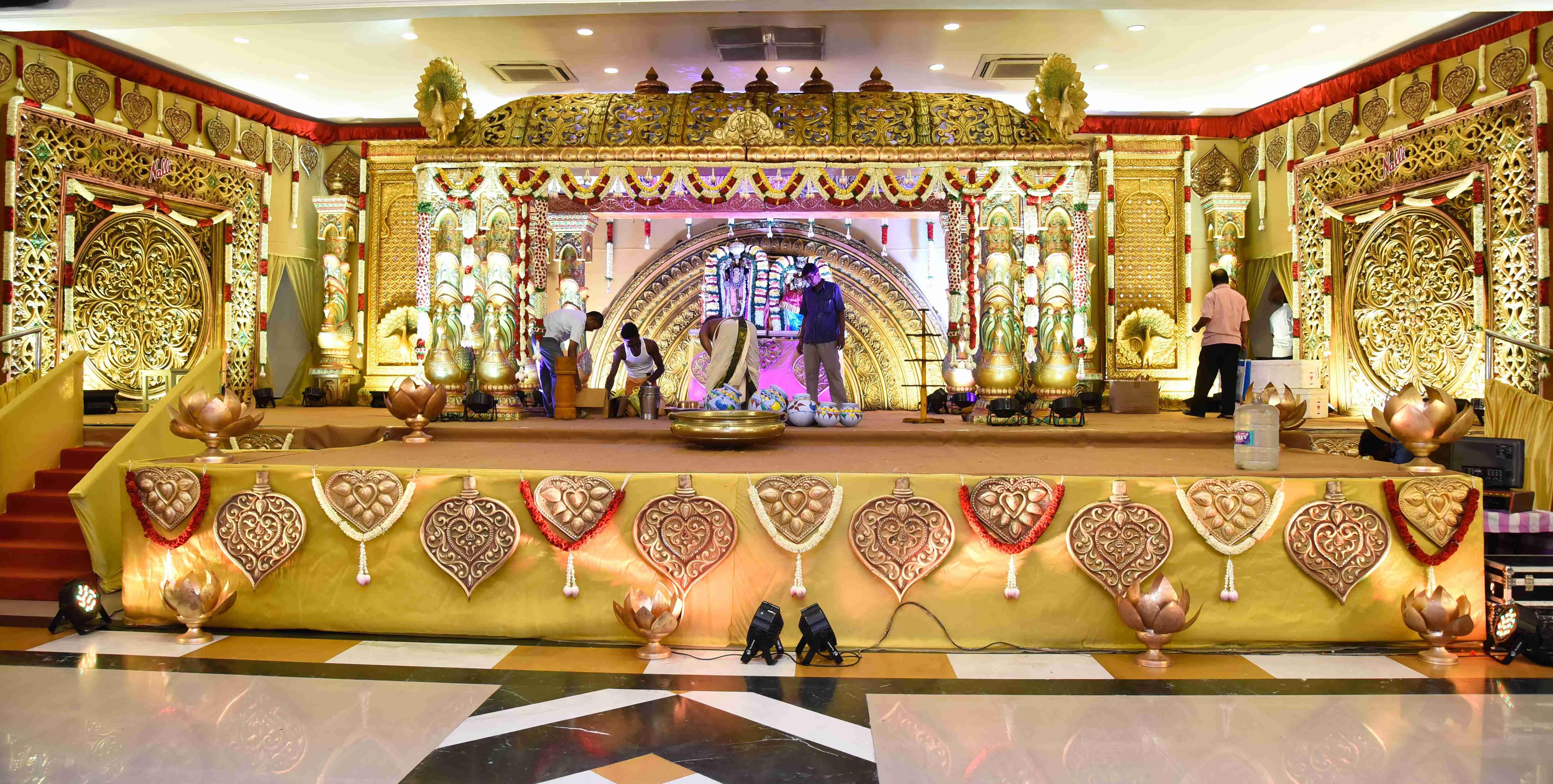 Wedding decorators in chennai best mandapam stage flower decors junglespirit Gallery